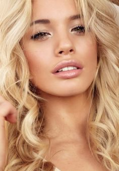 Makeup and Hair -- This is GORGEOUS! #modcloth #wedding natural makeup, nail, hair colors, wedding makeup natural blonde, blonde girls hot, beauti, stacey hannant, blonde face makeup, dream hair color