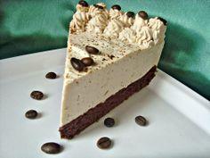 CAIETUL CU RETETE: Tort cu crema de iaurt si ness