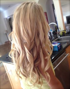 has alot of really great tips to keep hair healthy, grow it long, and styling without damaging your hair!!! big curls, hair colors, long curls, long hair, goddess hair, fall time, blond, curly hair, dream hair