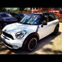 Coolest #Mini! <3 the color package!