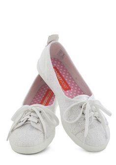 white shoes, floral patterns, walks, white petal, town flat, modcloth, white lace, fashion shoes spring flats, retro vintage