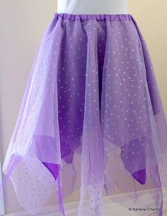 To makes quick princess skirt for the girls!