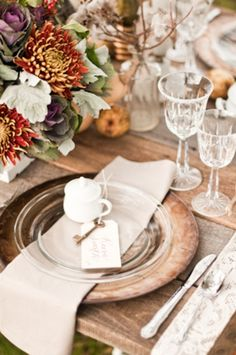 wedding tables, rustic table, charger plates, rustic weddings, fall table settings, fall weddings, thanksgiving table, tabl set, fall tablescap