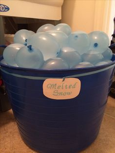 """Frozen Birthday Party! """"Melted Snow"""" water balloons"""
