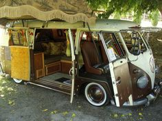 VW Bus Camper (WANT!!!)