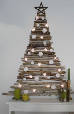 Unique Christmas tree design made of #recycled branches from the garden #DIYChristmas #thriftydecor