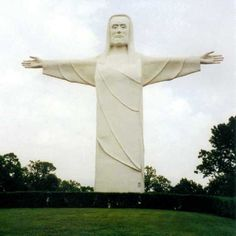 Christ of the Ozarks, Eureka Springs, AR