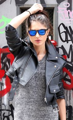 The perfect sunglasses for a grunge look