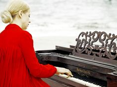 Valentina Lisitsa: Chasing Pianos And YouTube Fans