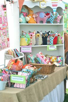 pretty craft show display