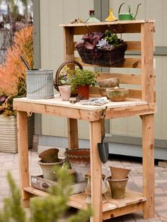 pallet projects, little gardens, potting tables, potting benches, outdoor tables