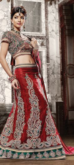 An A-line #lehenga is all about the elegant lady in you. Go for this look this festival.    Code:67480