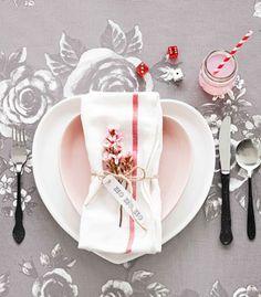 table settings, color schemes, pinterestcom, christmas tables, black dip, valentin idea, pretti place, pink, place set