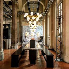TOM DIXON THE RESTAU