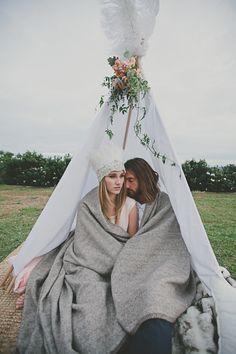 Bohemian Wedding / Ryder Evans Photography via @Sara | Burnett's Boards