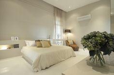 Minimal and light bedroom