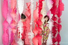 giant-paper-twirls-photo-booth-backdrop