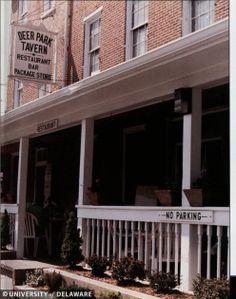 Deer Park Tavern in 1989. #oldschool NACHOS!!!