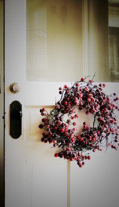 cranberri, berri wreath, christmas wreaths, the doors, holiday wreaths, front doors, holidays, winter wreaths, berries