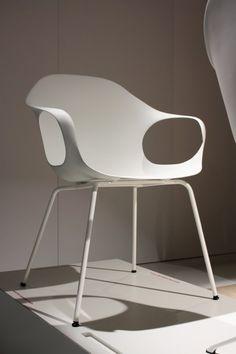 Elephant chair by Neuland Paster & Geldmacher - Kristalia #neuland #whitechair #interiordesign