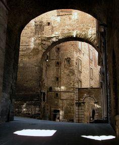 Arches, Perugia, Italy