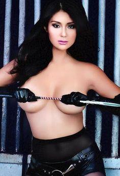 Sexy Filipina Actress Iwa Moto showing her tits