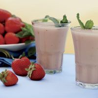 Oprah's Chocolate Strawberry Smoothie