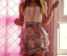 <3 i want the skirt!<3