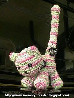 Cat ring holder! #crochet #amigurumi