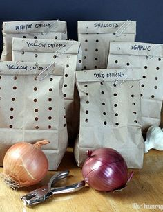 This is not only brilliant, but simple and inexpensive - how to store onions so they last for months! Children's Dentistry at Hausman Village | #SanAntonio | #TX | www.txkidds.com
