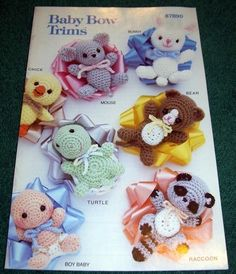 OOP ANNIE'S CROCHET PATTERN BOOK BABY BOW TRIMS RACCOON TURTLE FROG GIRL LAMB VG