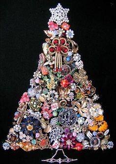 . xmas trees, jewelry necklaces, christmas jewelry, flea markets, jewelri tree, vintage pins, christmas trees, jewelry tree, vintage style