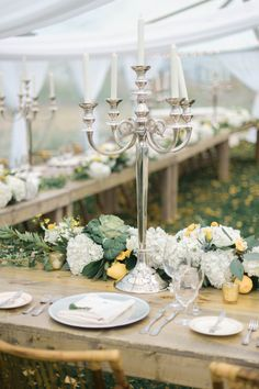 We love the vintage touches to this rustic, garden affair #rusticweddings #weddingdecor