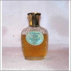My mom wore this when I was a little girl and everytime I smell it I feel comfort <3 xo