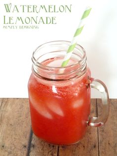 Fresh homemade watermelon lemonade! So delicious and so refreshing!  Perfect drink for summer- via simplydesigning.net  #recipe #drinks #lemonade #watermelon
