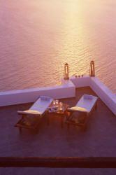 honeymoon in greece - hotel to stay in