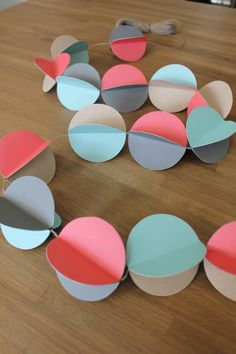 Guirlande en papier DIY