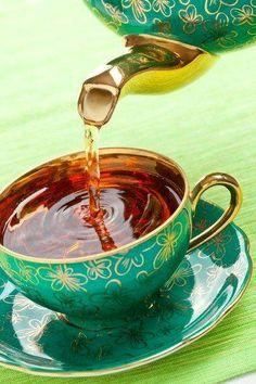 Gold & Green tea time, tea sets, teapots, cups, emerald, colors, teas, drink, teacup