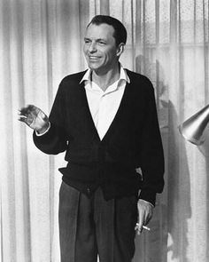 Frank Sinatra as Danny Ocean in Ocean's Eleven (1960).