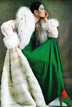 green shoes, color, gianni penati, fur, septemb 1971, photo shoots, coat, vintage vogue, green goddess