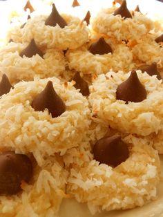 Macaroon Kiss Cookies...