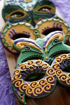 Mardi Gras Cookies. | Flickr - Photo Sharing!  iced decorated   #mardi gras #cookies