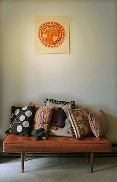 Midcentury modern bench & decor - love the art & pillows