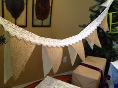 burlap and lace with its a girl letters