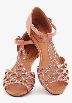 Nude studded sandals. Would look perfect with a pretty Spring dress. fashion, gemston sandal, cloth, style, accessori, sandals, stud sandal, nude stud, shoe