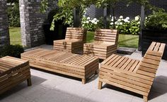 Simple Wooden Patio Furniture | Free Lines