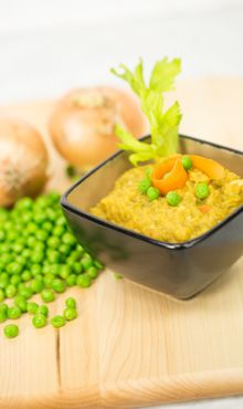 AWESOME Split Pea Soup from Blendtec.  I substitute Morningstar sausage so it's vegan, then serve with fresh, hot, crusty bread and garlic-infused olive oil for a fantastic lunch