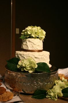 Rustic country cake green and brown