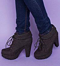 http://www.blowfishshoes.com