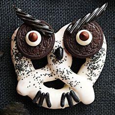 Halloween Owl Pretzels